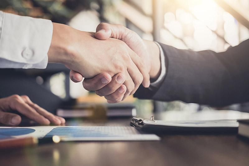 Transitions-Pro-ile-de-France-Apec-signent-partenariat1